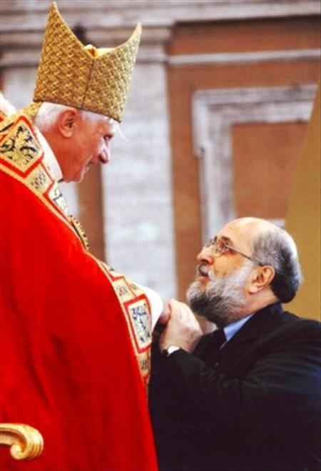 Trên những cột trụ của sứ vụ giáo dân (Bài phỏng vấn Louis Fernando Figari, người sáng lập Hội Sodalitium Christianae Vitae)