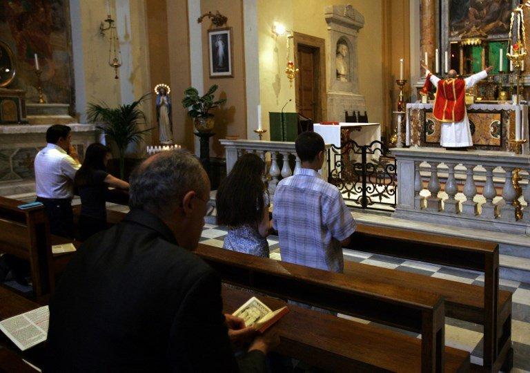 Đức Thánh Cha Phanxicô đang xem xét lại Tự sắc Summorum Pontificum