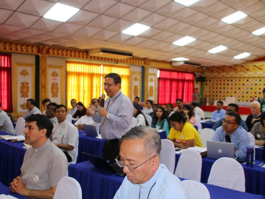 Phái đoàn Việt Nam dự Hội nghị quốc tế tại Thái Lan