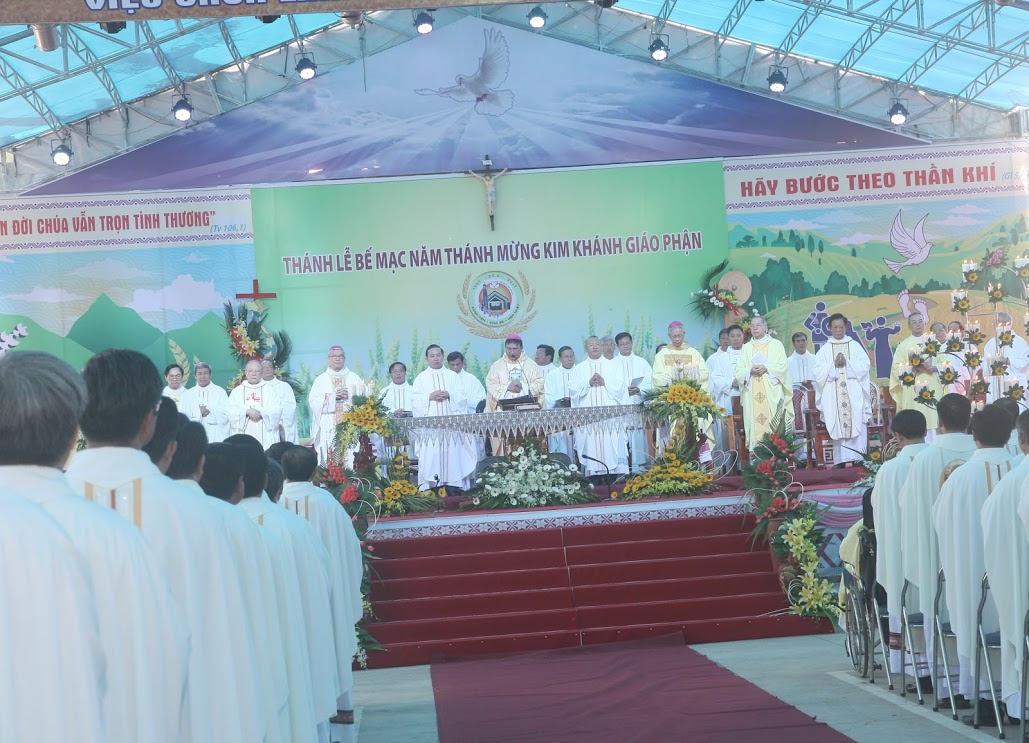 Thánh lễ bế mạc Năm Kim Khánh Giáo phận Ban Mê Thuột