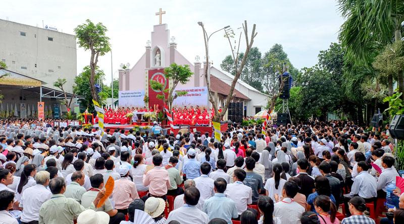 Giáo Phận Đà Nẵng hành hương Đền Thánh Phước Kiều dịp lễ giỗ lần thứ 374 của Chân Phước Anrê Phú Yên.