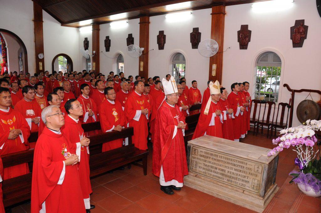 Linh mục đoàn Giáo phận Bà Rịa và Phan Thiết tĩnh tâm và hành hương Năm Thánh