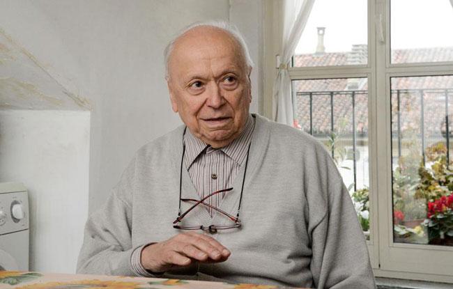Cha Don Carlo Carlevaris, người mang Tin Mừng đến các nhà máy