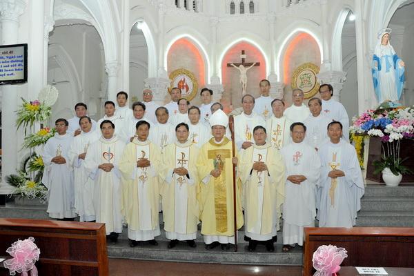 Thánh lễ phong chức linh mục tại Giáo phận Mỹ Tho (ngày 10.05.2018)