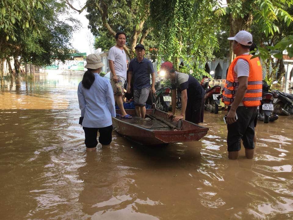 Caritas Giáo phận Thanh Hóa cứu trợ lũ lụt