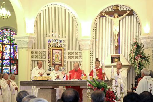 Giáo phận Đà Lạt khai mạc Năm Thánh 2018