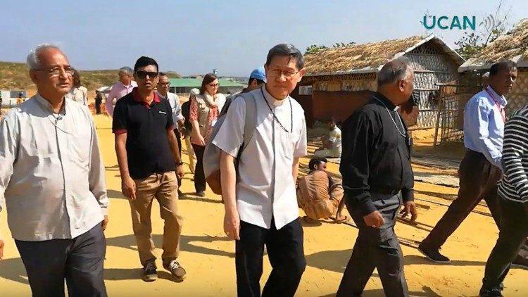 Đức Hồng y Tagle thăm trại tị nạn Rohingya tại Bangladesh