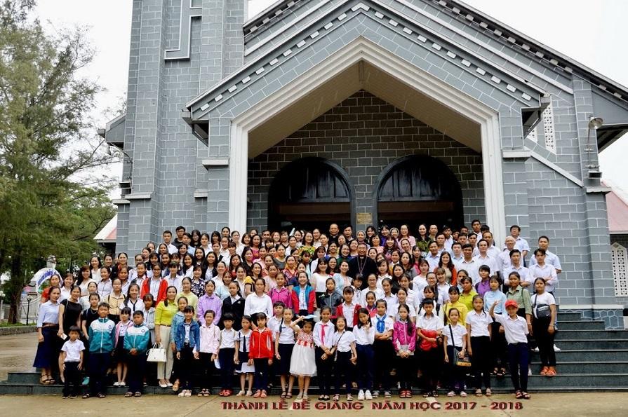Ban Giáo dục Kitô giáo Giáo phận Ban Mê Thuột: Bế giảng năm học 2017 – 2018