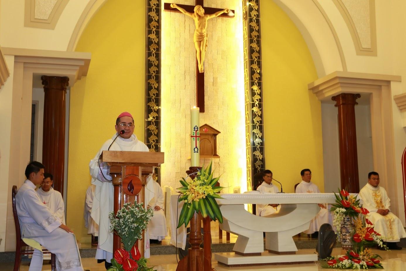 Thánh lễ tạ ơn 47 năm hồng ân Linh mục của Đức Cha Giuse Giám mục Giáo phận Nha Trang (24/4/1971 - 24/4/2018)
