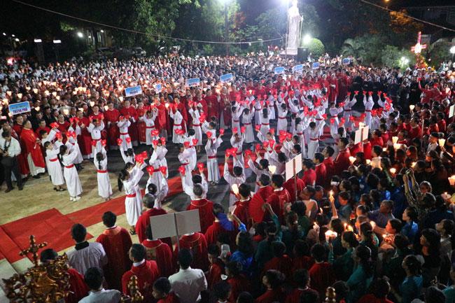 Thánh lễ Khai mạc Năm Thánh tại TGP. Huế