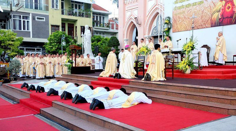 Đức cha Giuse Vũ Văn Thiên: Linh mục trọn đời và trọn vẹn cuộc đời