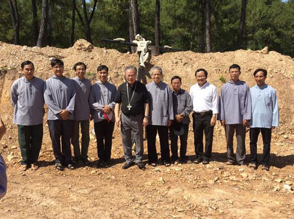 Hình ảnh Đức TGM Giuse Nguyễn Chí Linh viếng thăm Đan Viện Thiên An ngày 16.6.2017