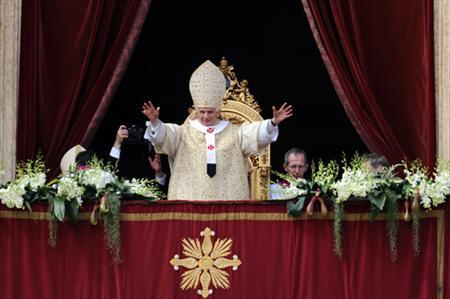 Sứ điệp Phục sinh Urbi et Orbi 2012 của Đức Thánh Cha Bênêđictô XVI