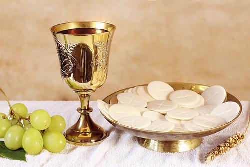 Bộ Phụng tự thánh và Kỷ luật các Bí tích: Thư luân lưu gửi các Giám mục về vấn đề bánh và rượu dùng trong Thánh lễ