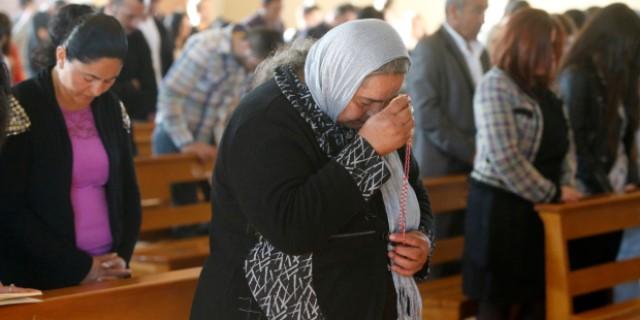 Ba cách cầu nguyện sốt sắng với Kinh lạy Cha