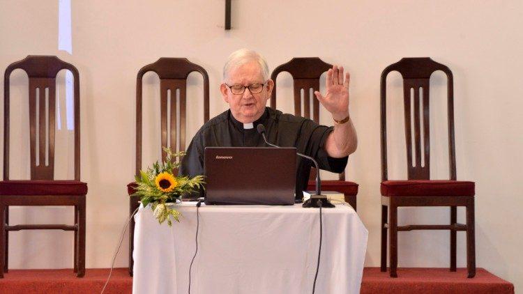 Cha Francis Moloney, SDB